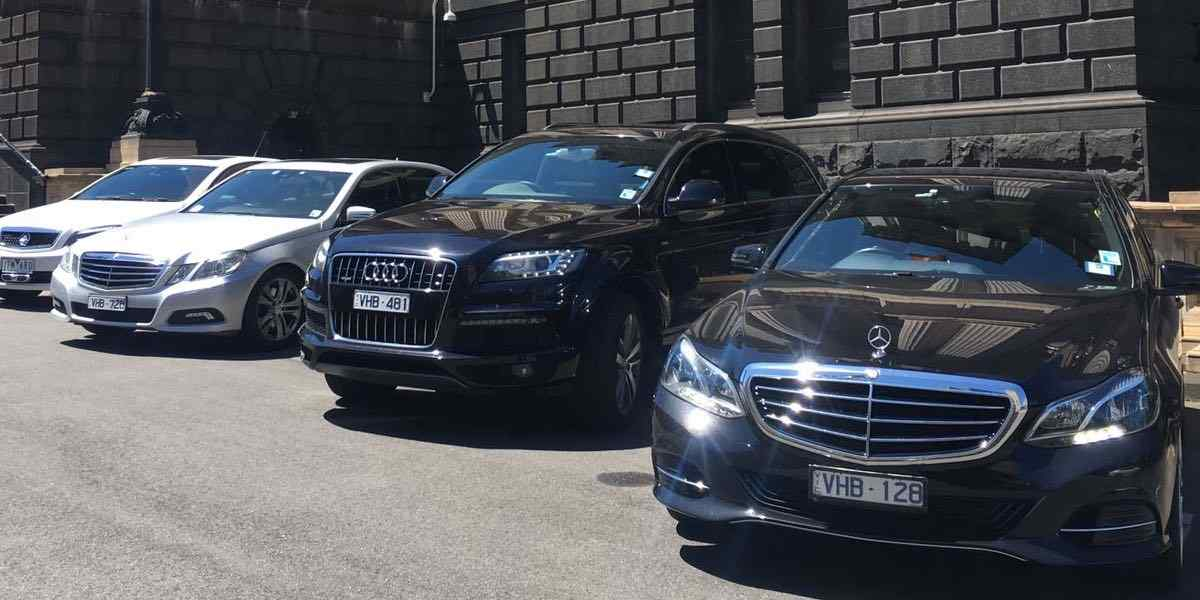 chauffeur Melbourne airport transfers pickup and drop-off