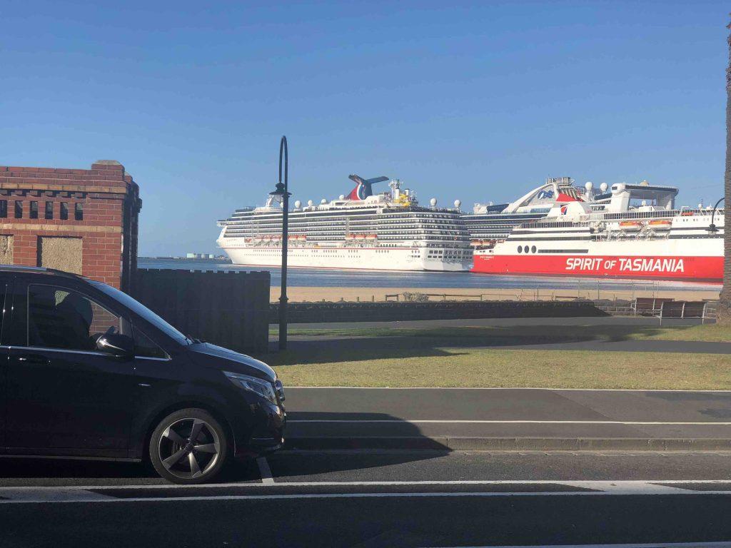 People mover van at Station Pier Port Melbourne