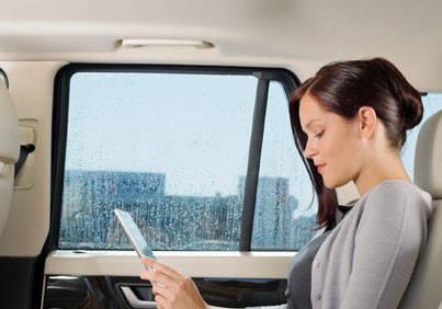 Chauffeured corporate transfers in Brisbane